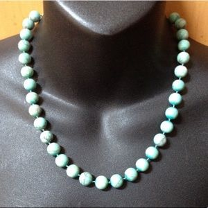 Jewelry - Gorgeous Turquoise Bead Ball Hand Knotted Necklace